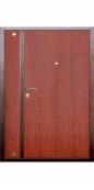 Распашная дверь тамбурная «Тип 7», металл/панель, вишня селекционная